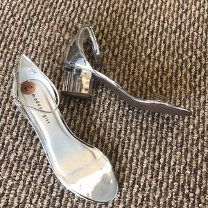 Madden girl clear strapped high heels 7.5
